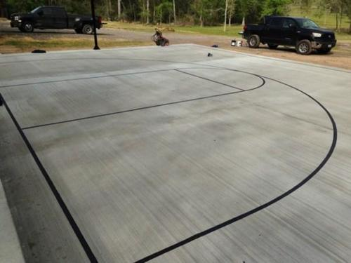 court striping